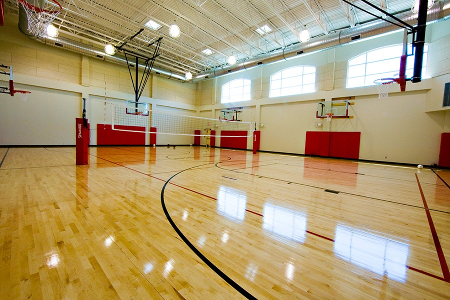 brambleton-ashburn-va_indoor-basketball-court_900x600.jpg