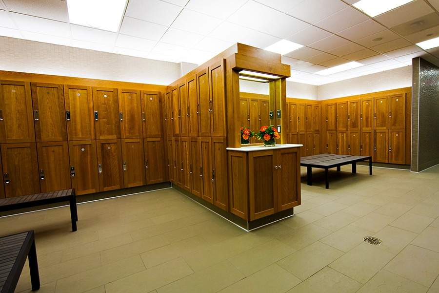 brambleton-ashburn-va_locker-rooms_900x600-1.jpg