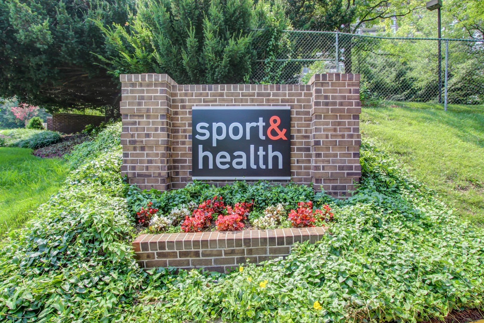 Sport&Health Sign