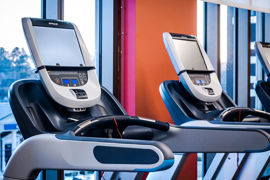 Personal Viewing Screens on All Cardio Equipment